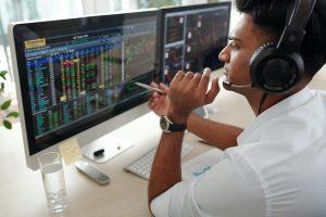 Trader investing money